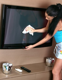 Television watching teenage sweetie pleasuring her cooch
